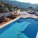 Zwembad Casa Agradable gezien vanaf dakterras